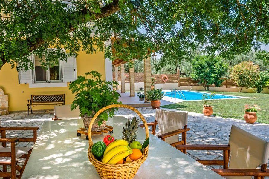 Kardaris, Villa Tragaki, Zante, Ionian, outdoor dining table, private pool