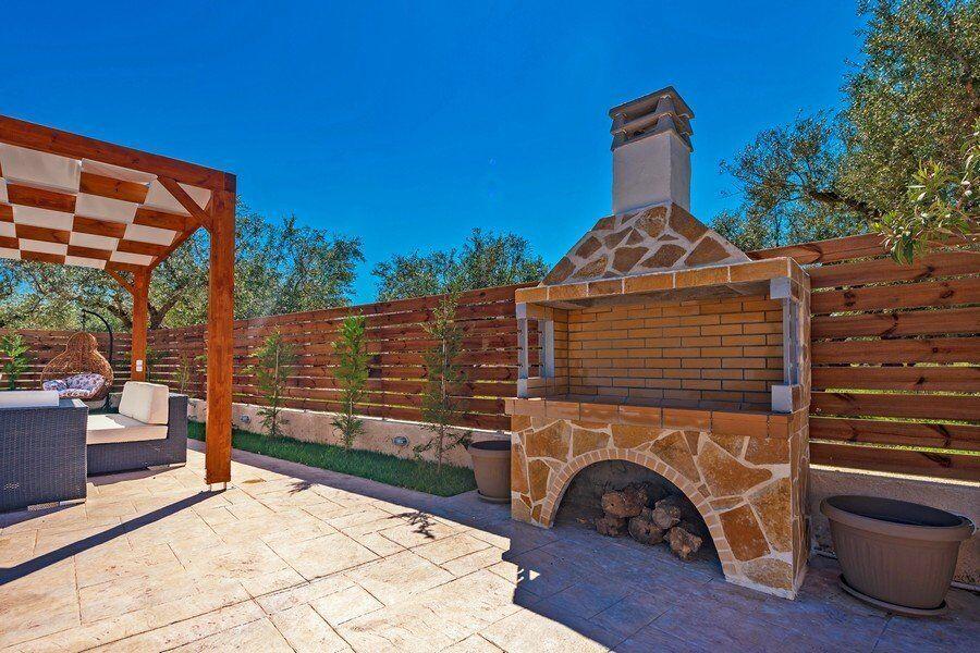 Zakynthos private pool villas Eleon barbecues