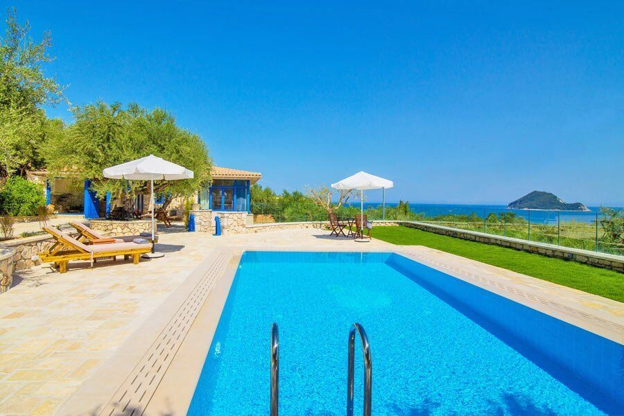 Villa Vakis private pool Zakynthos