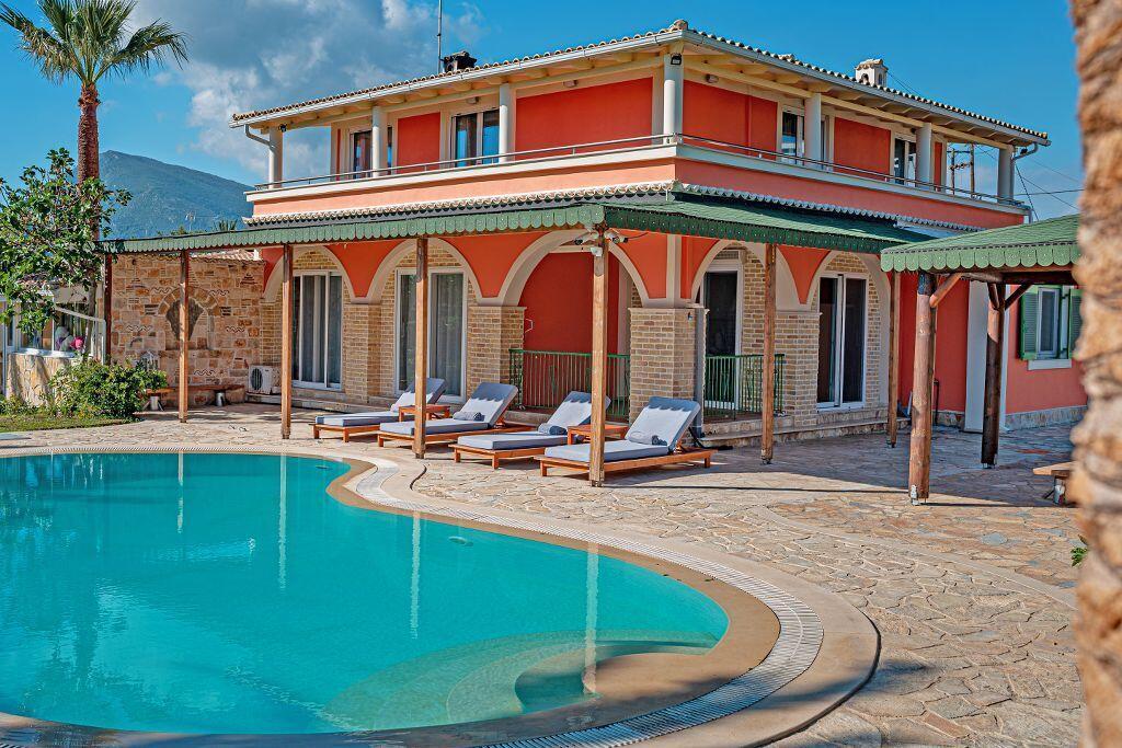 Luxury Beach Villa Amor - Agios Sostis Zakynthos pool